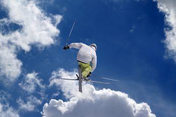 Start Wereldbeker acrobatisch skiën voor mannen