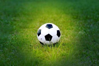 Anderlecht dieper in de problemen na gestaakte derby