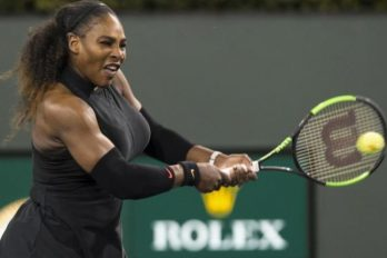 Serena Williams wint na jaar van afwezigheid