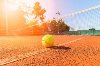 Roger Federer wint 100ste ATP Tour title in Dubai